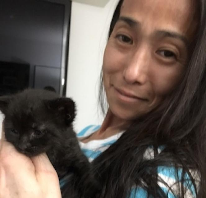 Hiromi and her latest bottle baby, Wilbur